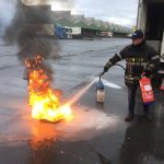 Praktijkoefening open vlam blussen
